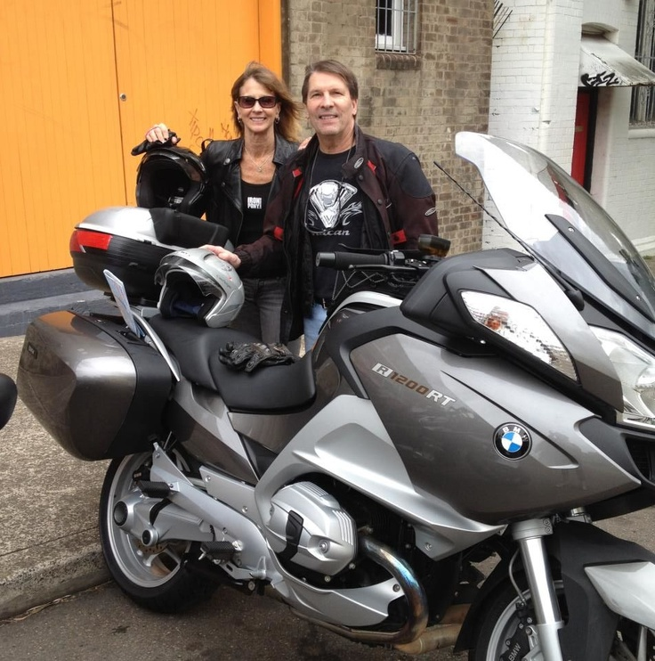 The BMW RT is all packed and John & Lyn are all set their Christmas adventure around the South East Australia