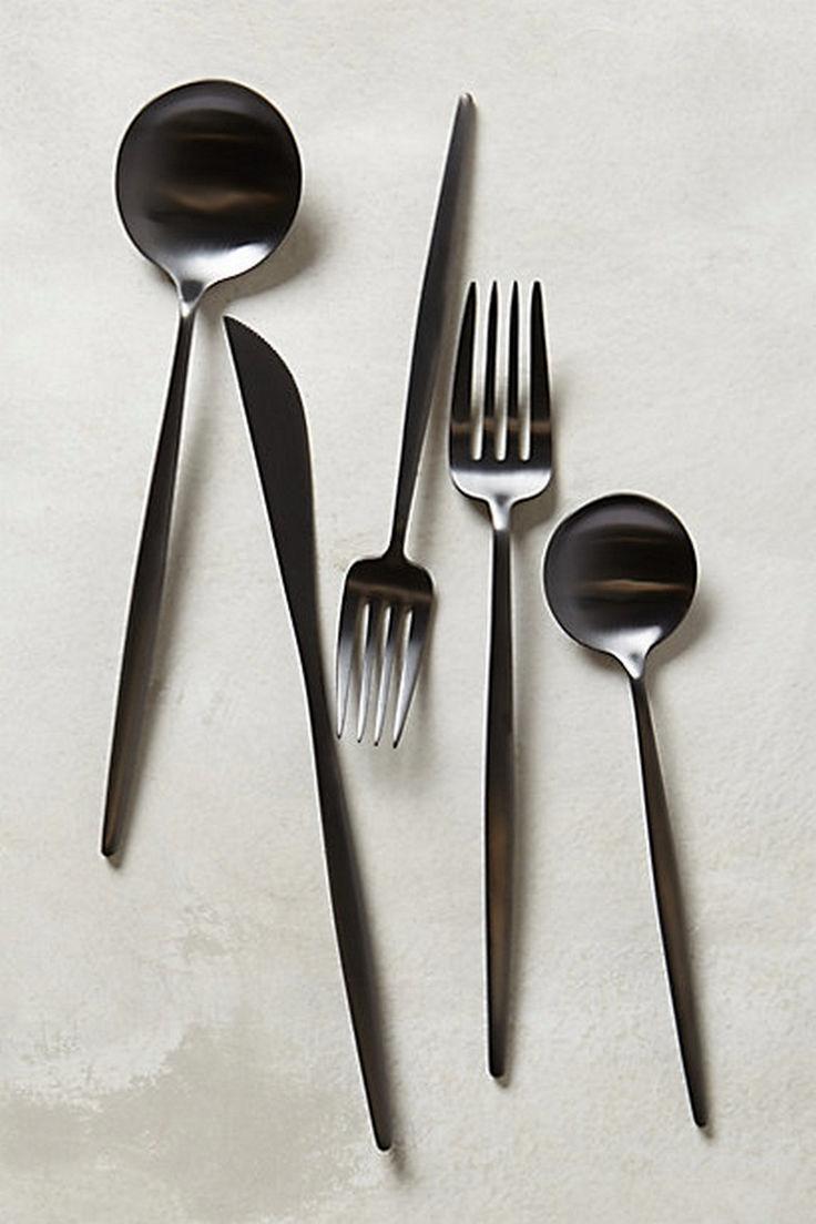 33 Modern Flatware Design Ideas for Perfect Dining Room https://www.futuristarchitecture.com/17082-flatware.html