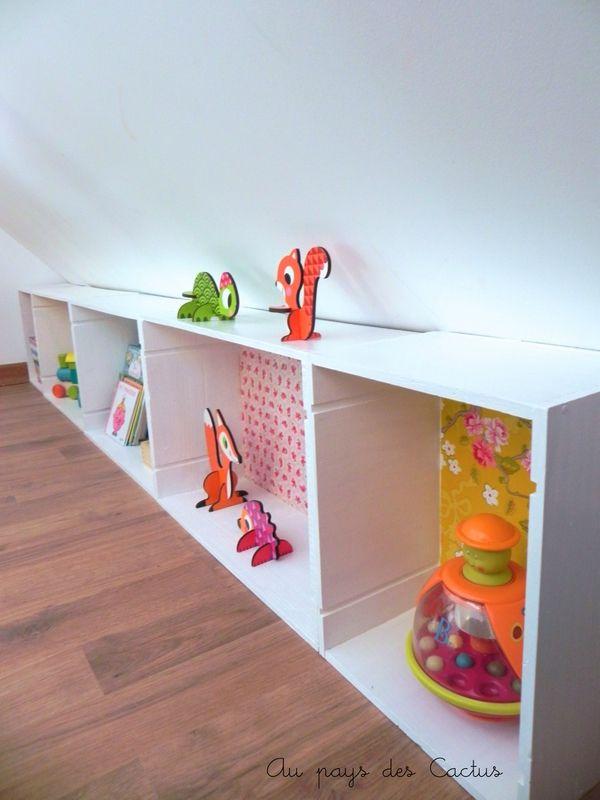 diy attic bedroom ideas - Des rangements astucieux sous les bles ☁ Au pays des
