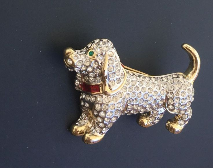 Adorable Vtg Dachshund Weiner Dog brooch In Gold Tone Metal W/crystals in Collectibles, Animals, Dogs | eBay