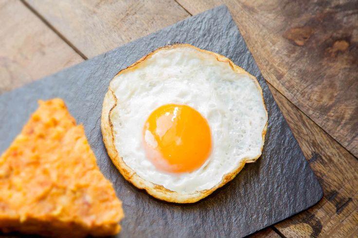 Tortilla con huevo, especialidad de La Senda de Xiquena