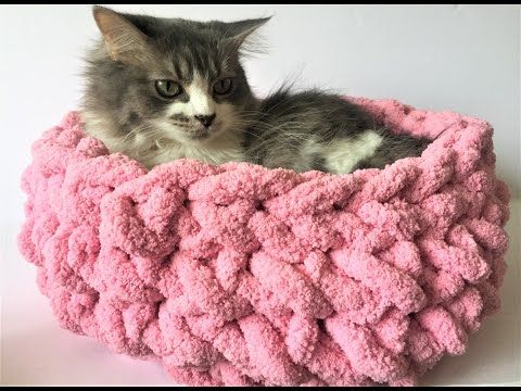 Knit a cat bed in 15 minutes with NO needles! BeCozi - YouTube