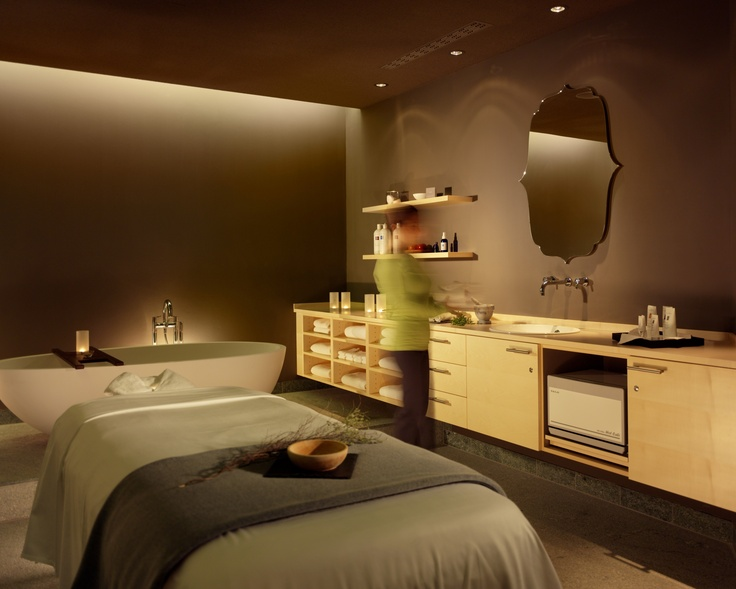 Pürovel spa treatments, using essential oils organically produced in Switzerland, work in symmetry with the well-designed and modern sports training facilities having both been designed to invigorate and vitalise in rhythm with the seasons. http://purovel.com/en/dresden.asp