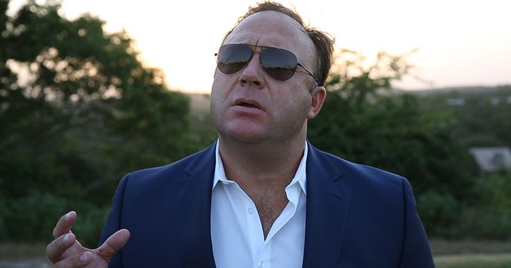 Alex Jones Harassed & Threatened With a Gun For Supporting Trump