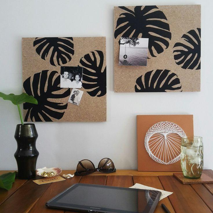 Monstera leaf pinboards