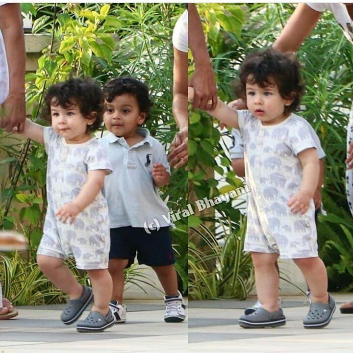 Taimur Takes His First Steps As Mom Kareena Kapoor Keeps Watch See Pics Inside Bollywood Hindustan Tim Baby Boy Dress Taimur Ali Khan Pataudi Kids Outfits