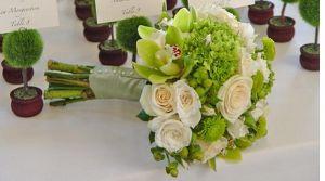 10 Ideas for Green Flowers in Wedding Arrangements