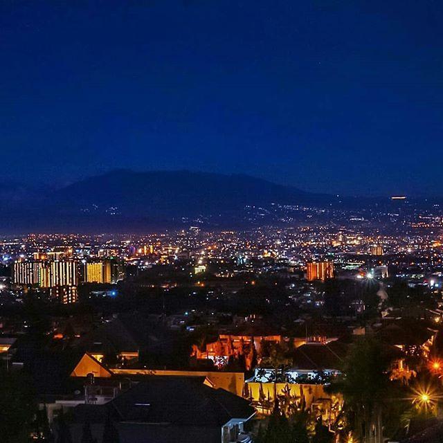 View Of Mt Tangkuban Perahu Bandung City Light Photo By Adhe Permana81 At Lembang Info Wisata Rese Travel Park Dolores Park