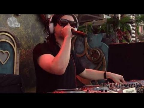TRAV SKRILLEX - @TOMORROWLAND 2014 ♥♥...