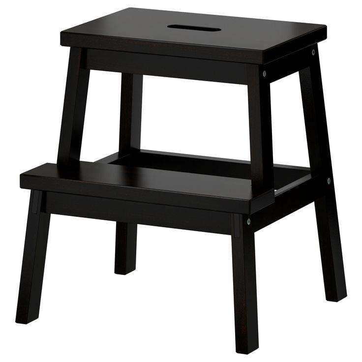 BEKVÄM Køkkenstige/taburet - sort - IKEA  Massiv bøg, sortbejdset og lakeret.  H 50cm, B 43cm, D 39cm. Dkk 99,00