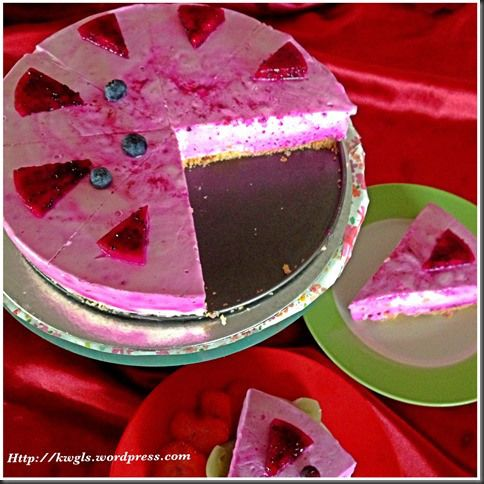 Red Dragon Fruit Non Bake Cheesecakes