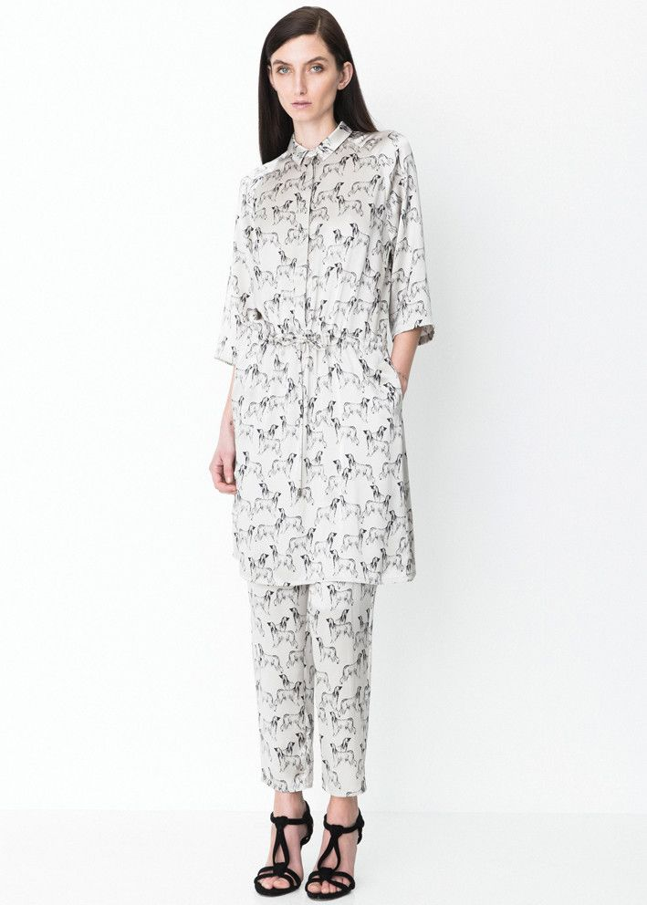 Storm & Marie Silkekjole print 10051 Nadia Dress All over print - silver cloud – Acorns