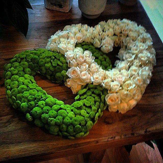 Flower arrangements heart