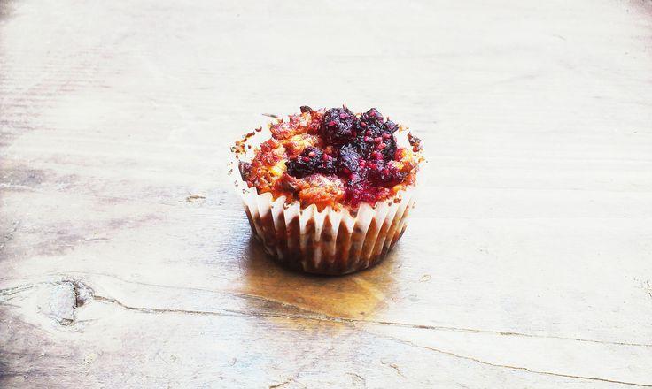 cereální malinový muffinek