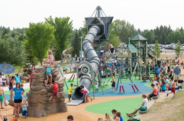 54 Free Things to do in Edmonton this summer (Photo: Broadmoor Playground)