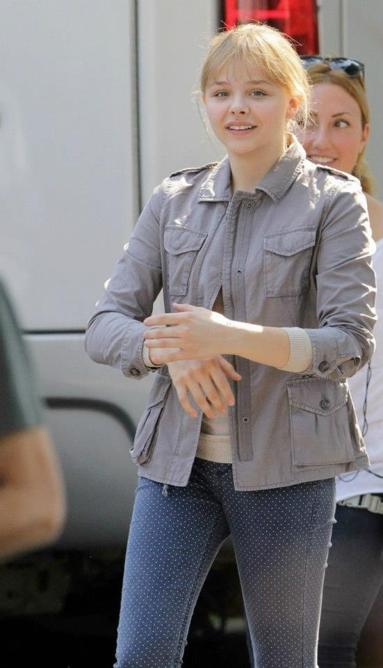 Chloe Grace Moretz in Topshop spot jeans http://rstyle.me/h7w3fwmn8e for $80. #recessionista