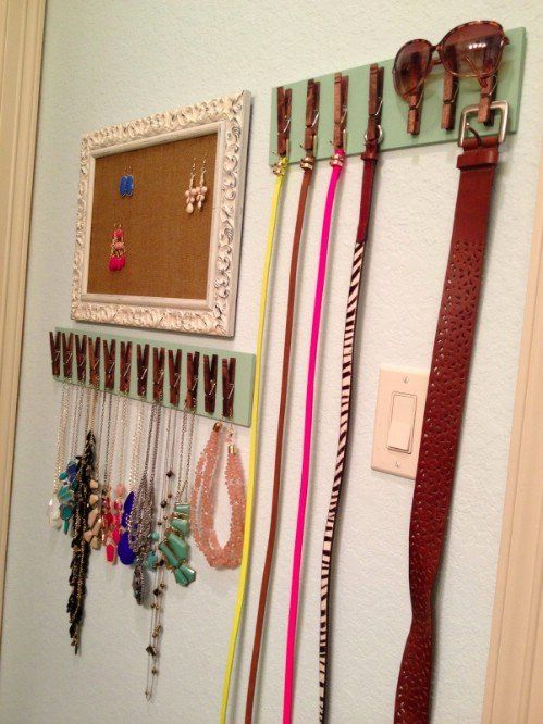 If you have a lot of belts and little room in the closet or drawers, you can make a great organizer using just a few clothes pins and a strip of wood. You just have to hot glue the clothes pins to the wood strip and then use them to hold your belts. This is also a great idea for jewelry, scarves or other things that you need to hang: