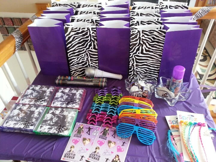 Party favors rockstar Justin Bieber party