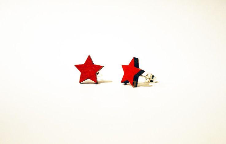 Orecchini Stella Rossa di ZUUUM su DaWanda.com