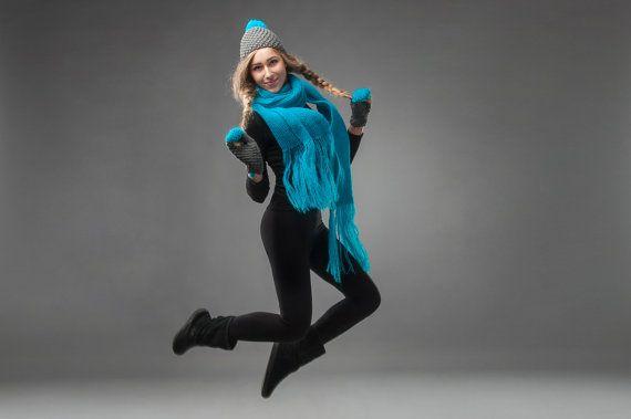 Neon blu indaco set di guanti sciarpa e berretto di lana merinos mohair lavorato a maglia on Etsy, 71,33€