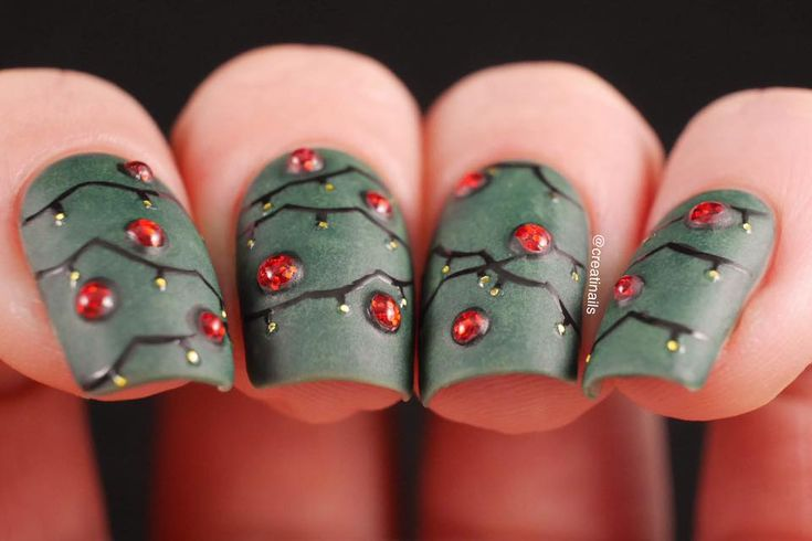 3D Christmas Tree Nails
