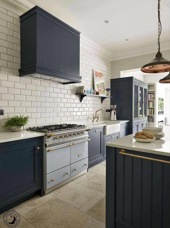 les 25 meilleures id es de la cat gorie lacanche sur pinterest planchers de bois rustique. Black Bedroom Furniture Sets. Home Design Ideas
