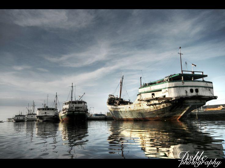 "sunda kelapa by ~doal84designholic on deviantART  Sunda"") is the old port of Jakarta, was the main port of Sunda Kingdom of Pajajaran. Although it is now only a minor port, Jakarta had its origins in Sunda Kelapa and it played a significant role in the city's development.   Nearby: National Museum, Seribu Islands"