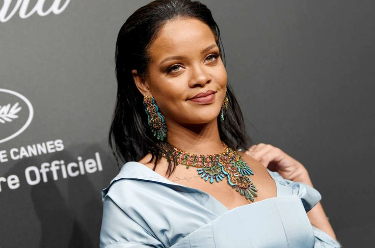 Rihanna Just Bought A Brand New $6.8 Million Mansion! #Rihanna celebrityinsider.org #Music #celebritynews #celebrityinsider #celebrities #celebrity #musicnews