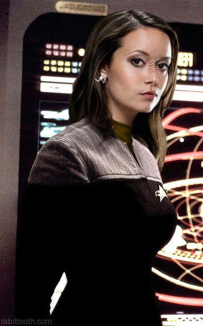 Summer Glau is a Star Trek Fan
