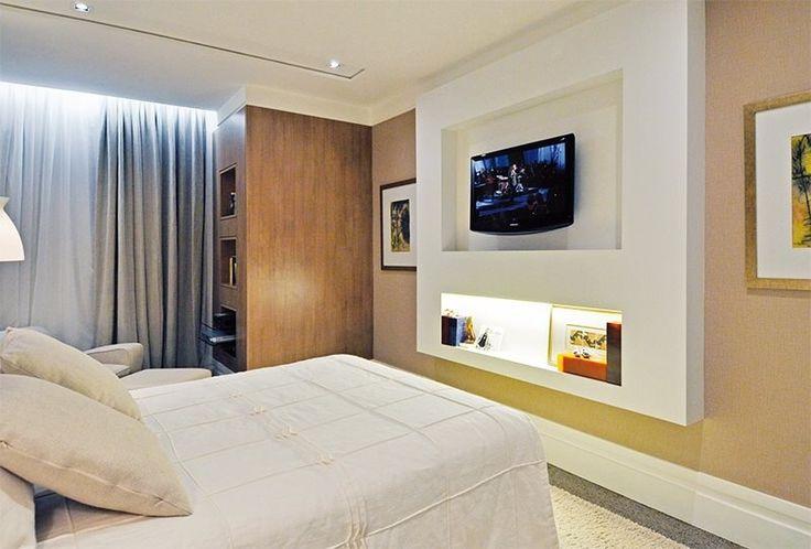 Painel TV no quarto casal
