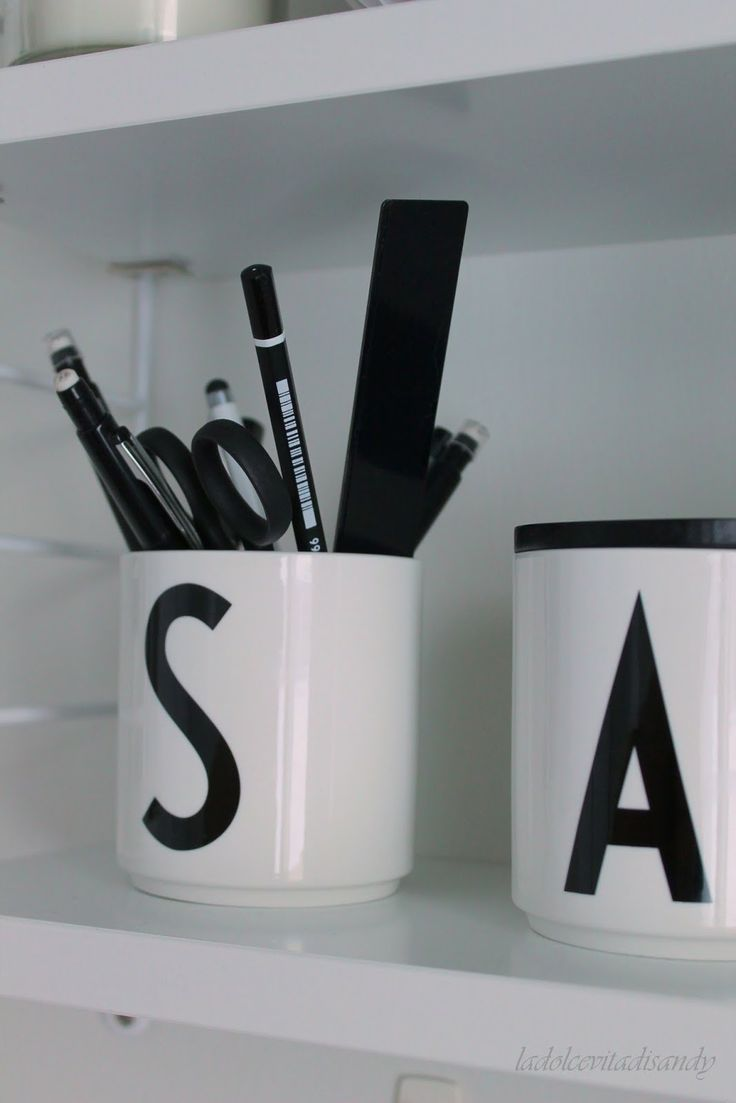 64 best arne jacobsen design letters images on pinterest design letters arne jacobsen and. Black Bedroom Furniture Sets. Home Design Ideas