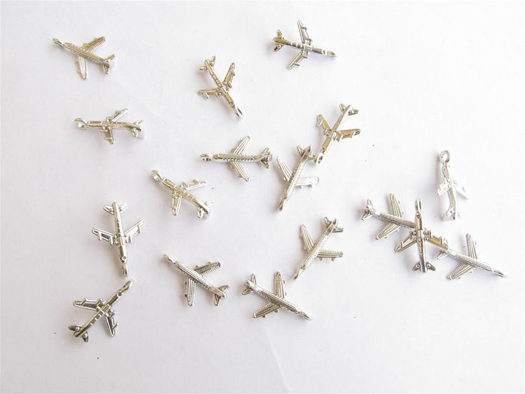 Silver tone metallic airplanes 16mm (20 pcs) metal airplanes