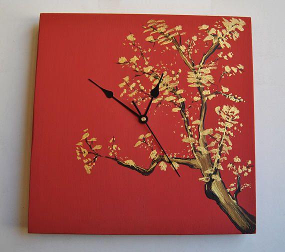 Reloj de pared Sakura en flor. Madera contrachapada.