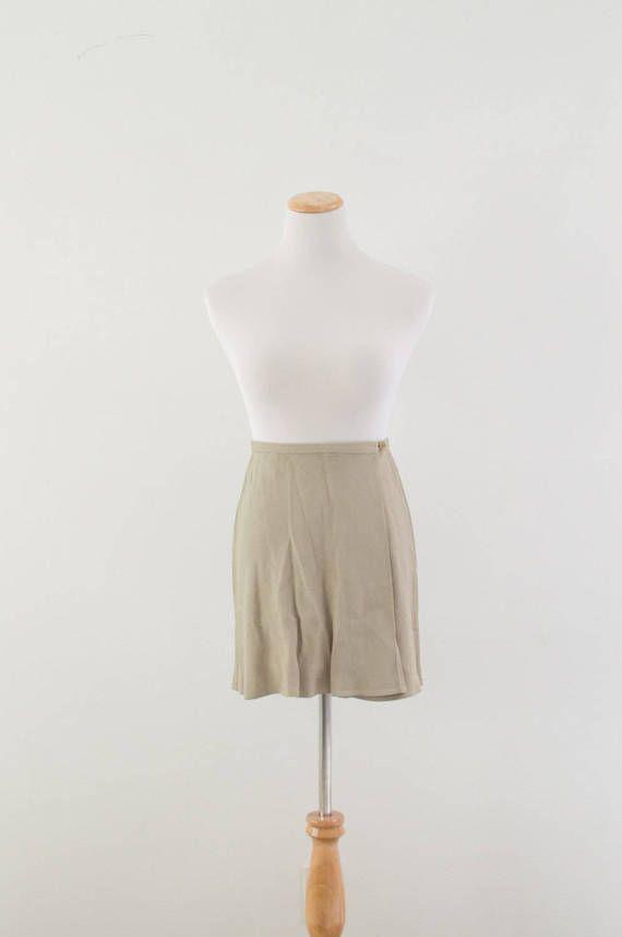 Ecru beige pleated skirt vintage 1990s skirt by MoonRoseVintage
