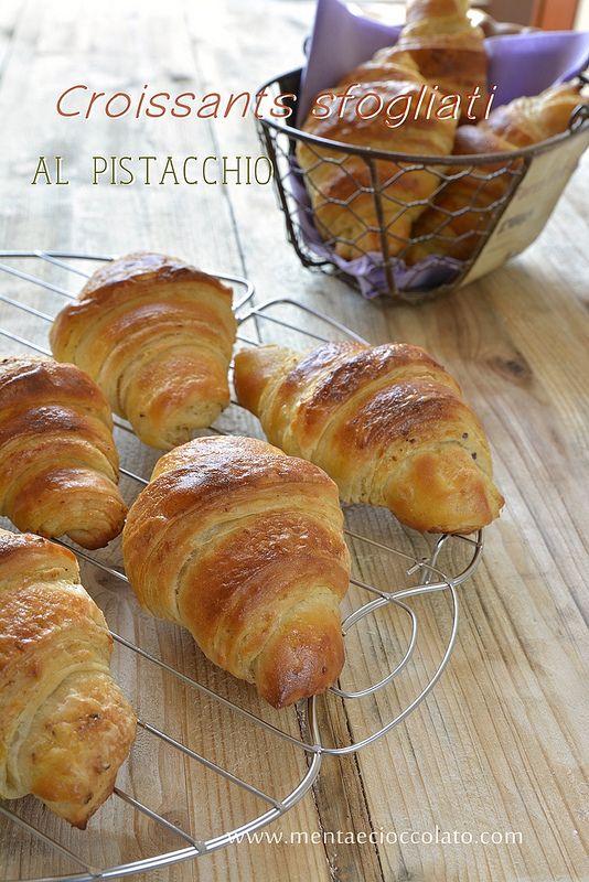 Menta e Cioccolato: Croissants ai cereali sfogliati al pistacchio e la colazione diventa ancora più buona!