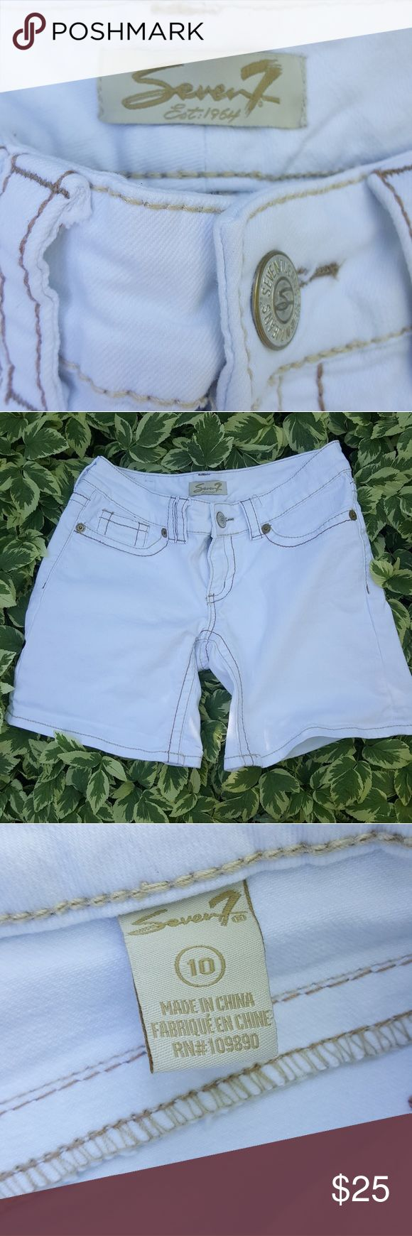 Seven white jean shorts, size 30 Like new, inseam approx 6 inches, not rolled up. Stretchy material, low cut and comfy!☺ No stains, bright white Shorts Jean Shorts