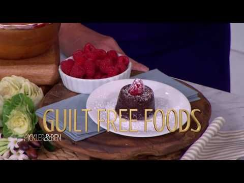 """Celebrity chef DEVIN ALEXANDER (The Biggest Loser) shares her healthy Chocolate Cake recipe and discusses her incredible 70-pound weight loss story! Singer-songwriter HOLLY WILLIAMS, a country music legacy, shares her favorite hot gift items. KAMAL GRANT, owner of Atlanta's SUBLIME DOUGHNUTS, gives Kellie and Ben a bite of the """"Devil Donut,"""" and you'll be blown away by a sizzling performance by the daring fire breathing duo THE HIVE! Plus, our hosts get silly trying out Snapchat glasses."""