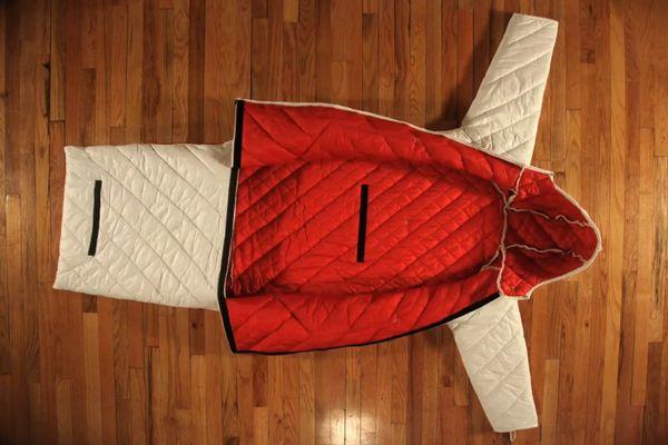 The Empowerment Plan : un manteau qui se transforme en sac de couchage