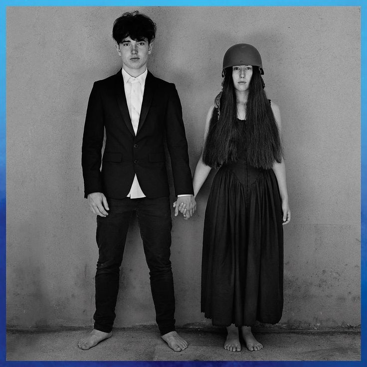 Amazon | SONGS OF EXPERIENCE (DELUXE EDITION) [CD] (4 BONUS TRACKS) | U2 | 輸入盤 | 音楽