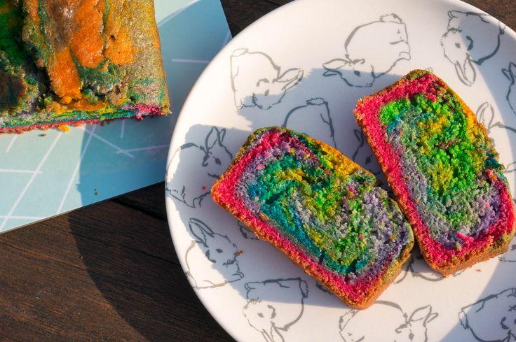 Met deze regenboog cake weet je elk feest op te fleuren. Perfect voor de regenboog, zeemeermin en unicorn thema's van dit moment.
