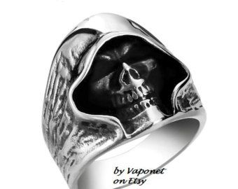 Wolf Ring Biker Ring Mens Ring Stainless Titanium by Vaponet