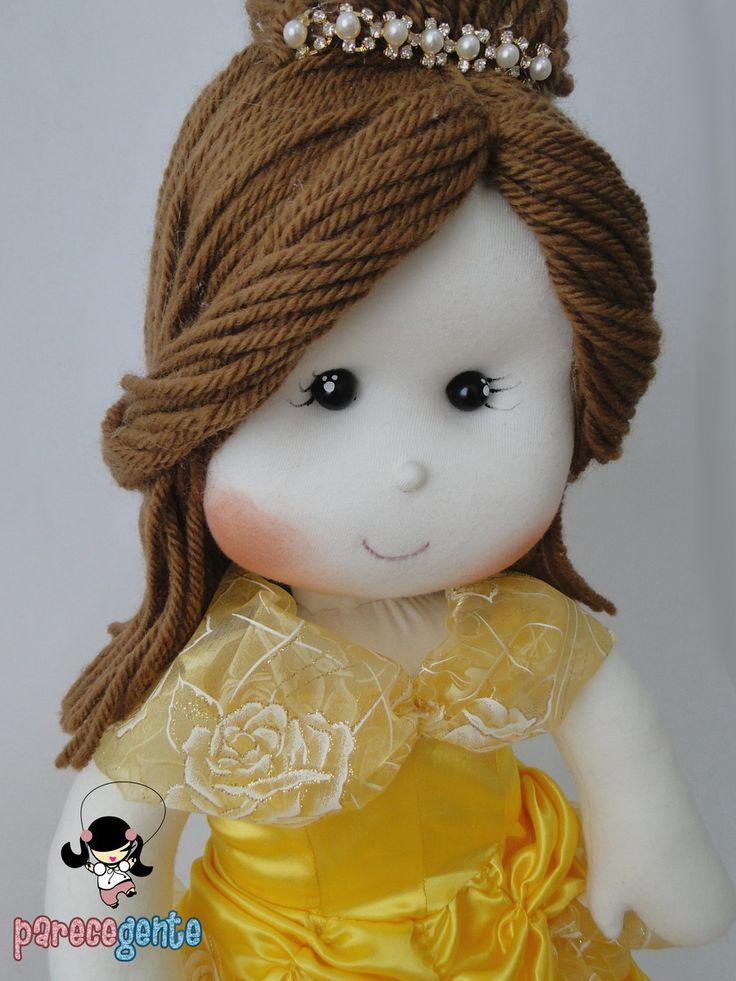 Boneca de Pano Princesa Bella ==> Valores Individuais, por boneca. Opções de tamanho: 30 cm = R$ 114,00 40 cm = R$ 143,00 50 cm = R$ 168,00 60 cm = R$ 188,00 -> Para comprar um boneco do tamanho diferente do anunciado, basta informar nas observações e o valor é alterado antes do pagament...