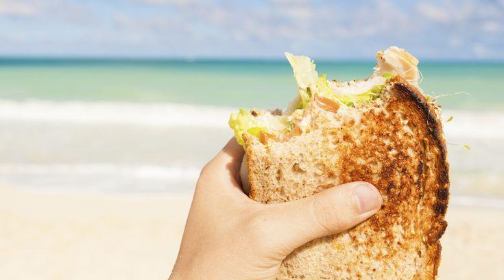 Pranzo in spiaggia: i panini da gustare sotto l'ombrellone