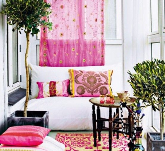 pink interior decor