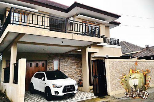 RUMAH 2 LANTAI + KOLAM RENANG DI KAWASAN PREMIUM Jln.Kaliurang, - Ngaglik » Sleman » Yogyakarta