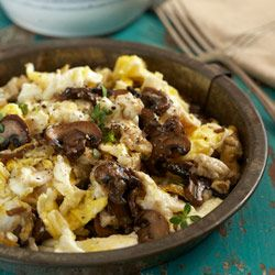 Eierschwaemme (mushrooms with scrambled eggs)