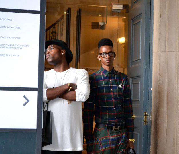 Waiting for the catwalks @ London Fashion Week '13. Tomorrow's fashion today. www.Wowcracy.com