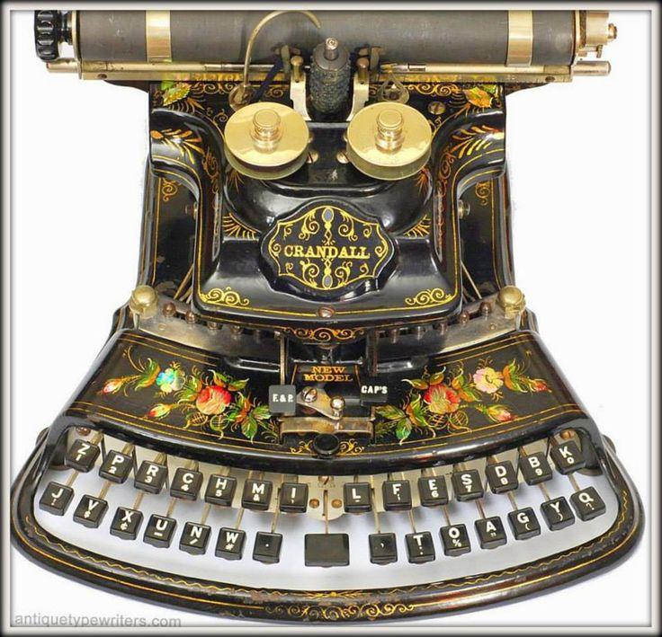 """Crandall (Crandall Machine Company).  =============================== (Кротон, Нью-Йорк, 1886.) Одна из самых красивых """"дизайнерских"""" пишущих машинок на свете! К тому же обогнавшая свое время. 84 символа на ней можно было напечатать, используя всего 28 клавиш! — у New York, NY, United States."""