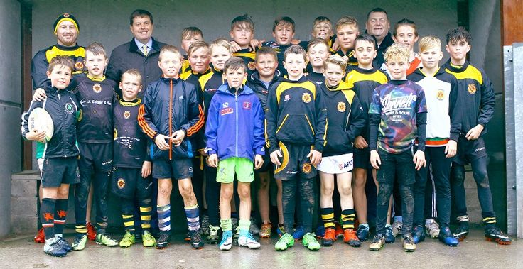 Police and Crime Commissioner Meets Wath Brow Hornets http://www.cumbriacrack.com/wp-content/uploads/2017/09/WBH.jpg Cumbria's Police and Crime Commissioner Peter McCall was delighted to meet up with youngsters from the Wath Brow Hornets Amateur Rugby League    http://www.cumbriacrack.com/2017/09/25/police-crime-commissioner-meets-wath-brow-hornets/