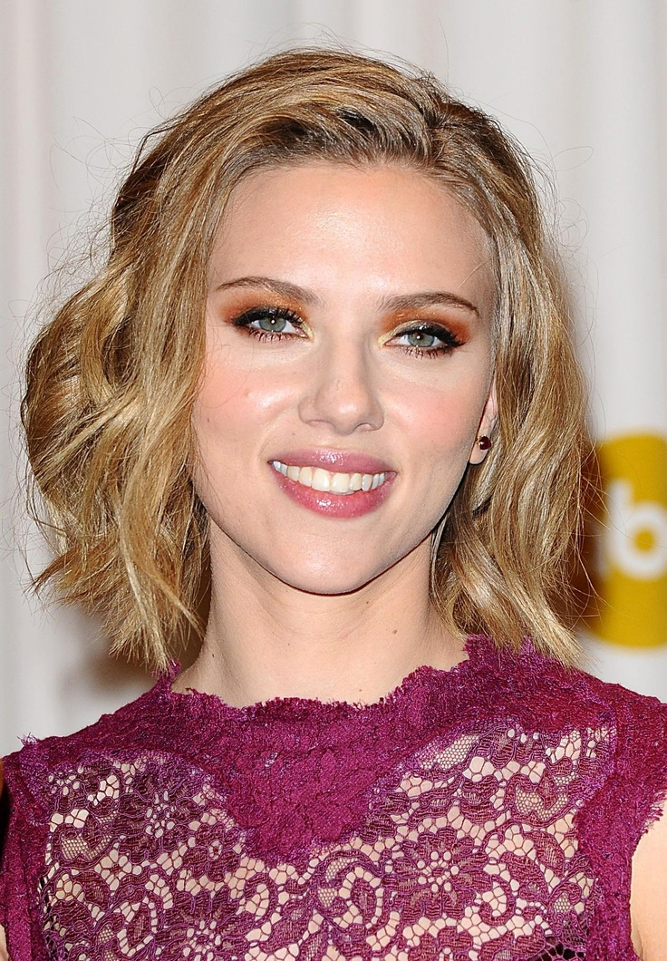 Scarlett Johansson was born in New York City to an Ashkenazi Jewish mother, Melanie Sloan and a Danish father, Karsten Johansson. Scarlett showed a passion for acting at a young age and starred in many plays. She has a sister named Vanessa Johansson, a brother named Adrian, and a twin brother named Hunter Johansson born three minutes after her.